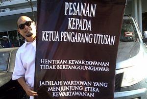 Hata Wahari's one-man protest against Utusan