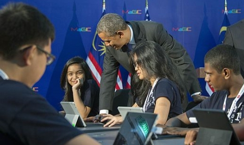 Obama to youth: back the politics of togetherness [Photo: The Star]