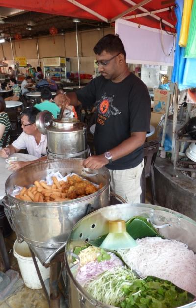 Heritage combo: laksa, fried popiah and cucur udang, nonya kueh